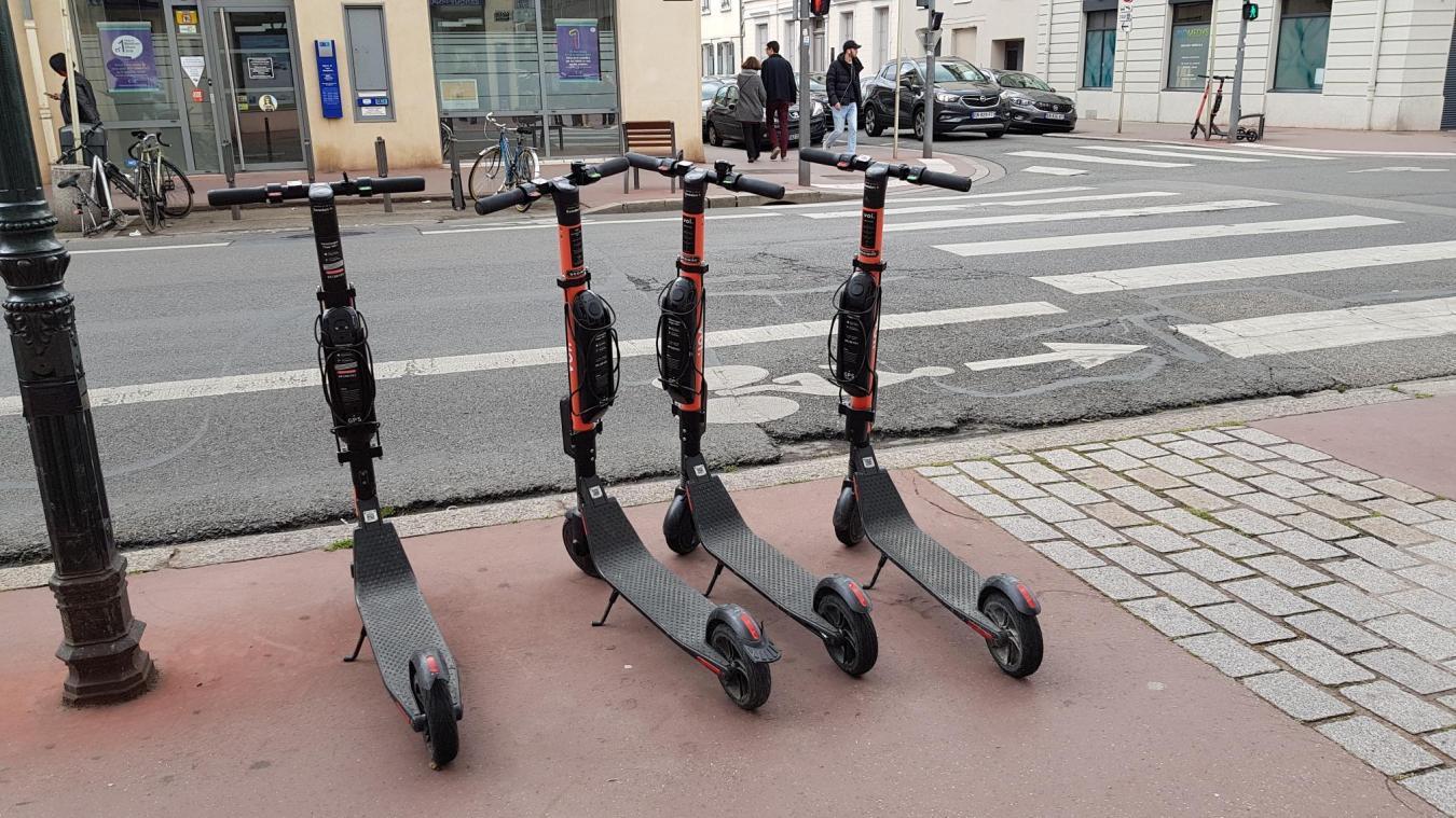 En attendant le résultat de l'appel d'offres de la Ville d'Annecy, les opérateurs ne peuvent plus stationner leurs trottinettes sur la voie publique.
