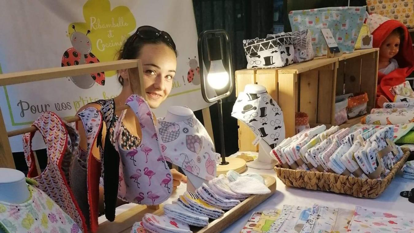 Coralie participe à de nombreux marchés artisanaux.