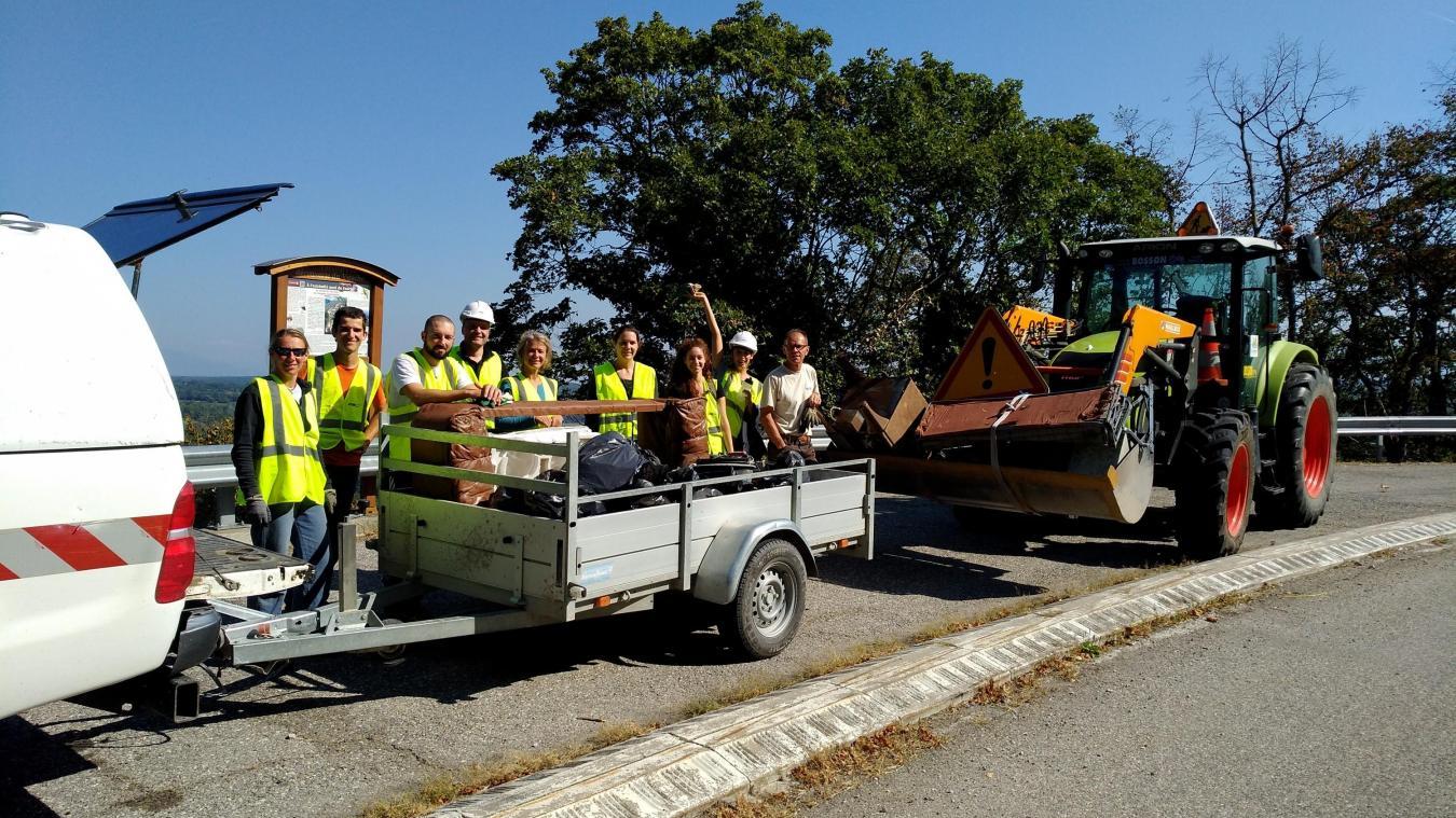 L'an dernier, une cinquantaine de bénévoles avait nettoyé plusieurs secteurs du piémont du Vuache.