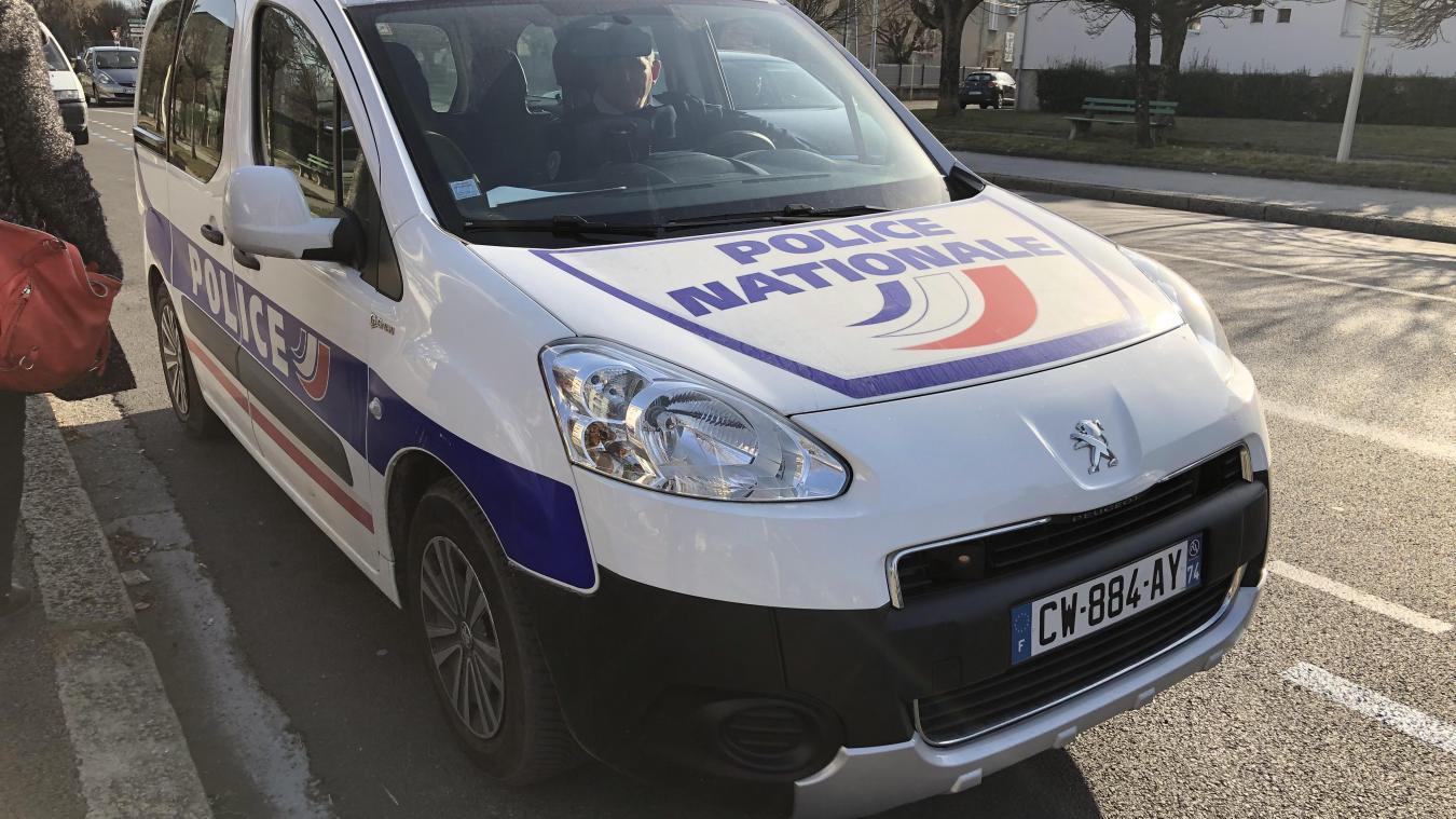 Les policiers d'Annecy ont eu affaire avec un homme en état d'ébriété.