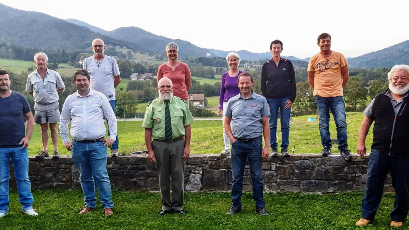L'équipe municipale de Saint-André a tenu à saluer le travail de Gérard Hell, au centre au premier rang.
