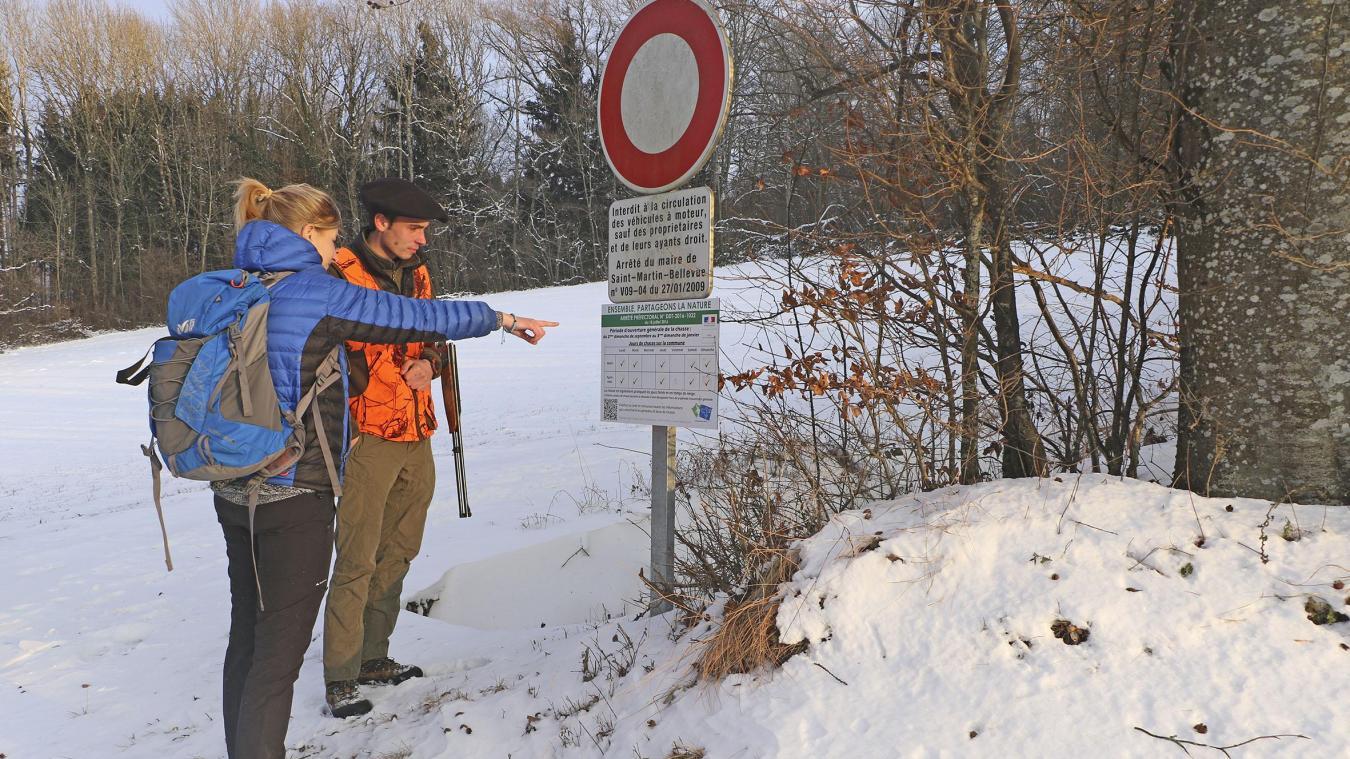 Dans toute la Haute-Savoie, la chasse est interdite le mercredi et le vendredi. Selon les associations de chasse communales, d'autres jours de fermeture hebdomadaires peuvent être décidés.
