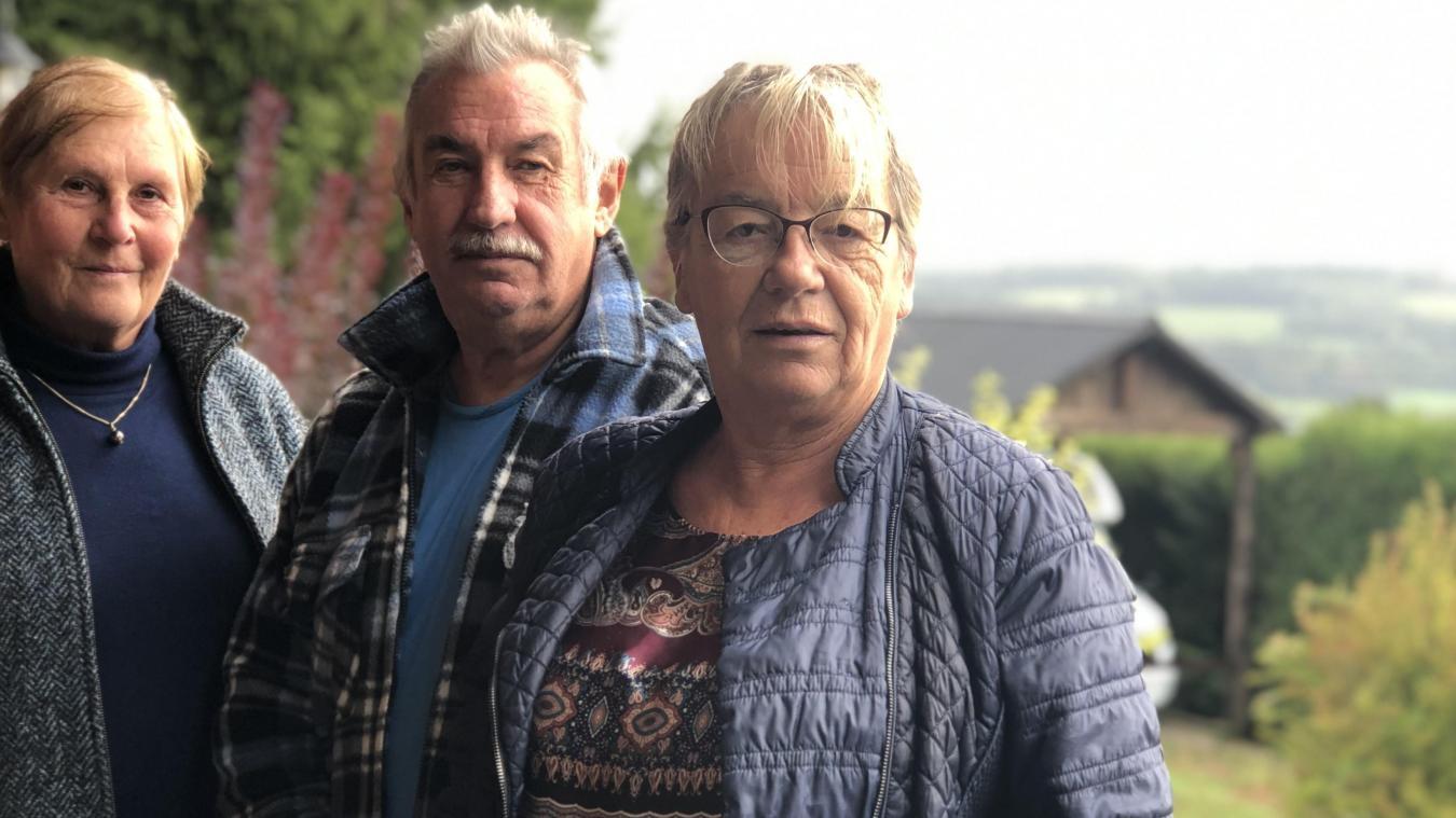 Brigitte Nanche (à droite) nous avait reçus il y a un an pour dénoncer, inquiète, un déboisement à l'ancienne carrière d'Allonzier-la-Caille. La voilà maire de la commune depuis mardi 6 octobre.
