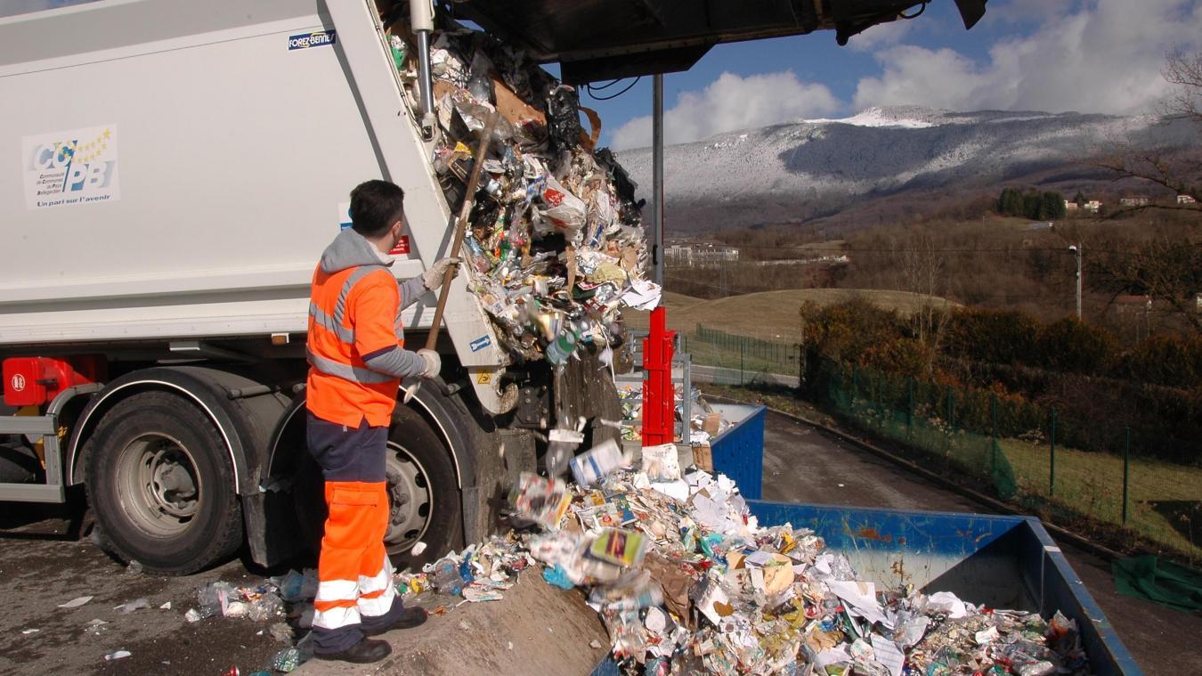 En 2019, 1 183 tonnes de déchets recyclables ont été collectées, hors verre et carton. Soit une baisse de 2,2 % par rapport à 2018.