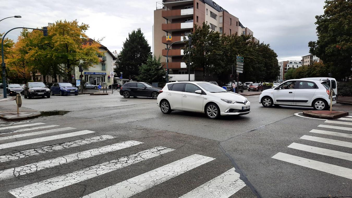 Très fréquentée pour les véhicules, la rocade d'Annecy reste un des points noirs en termes de pollution.