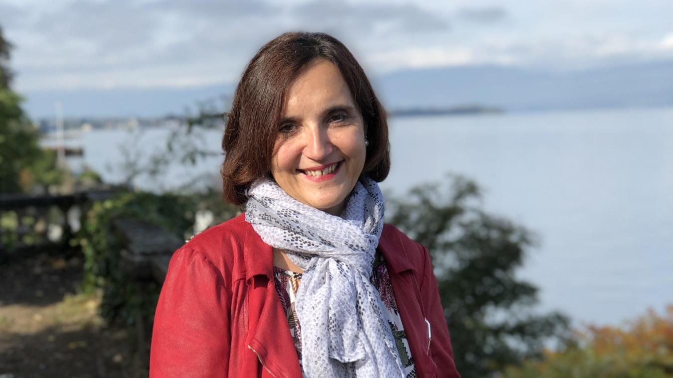 Isabelle Lang est cadre supérieure aux Hôpitaux du Léman et élue d'opposition au conseil municipal.
