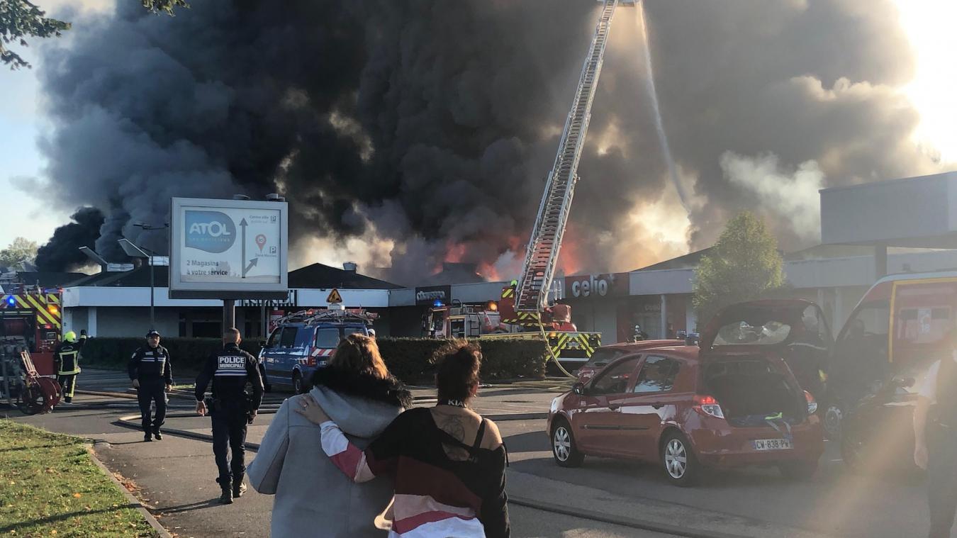 Le 16 octobre 2019, plusieurs magasins sont partis en fumée sous les yeux de leurs employés.