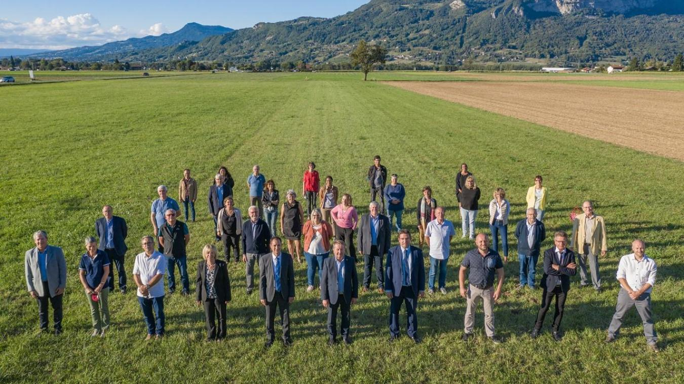 Une grande partie des élus du Pays Rochois, version 2020 © CCPR – Cyril Cattin/Alpcat Médias.