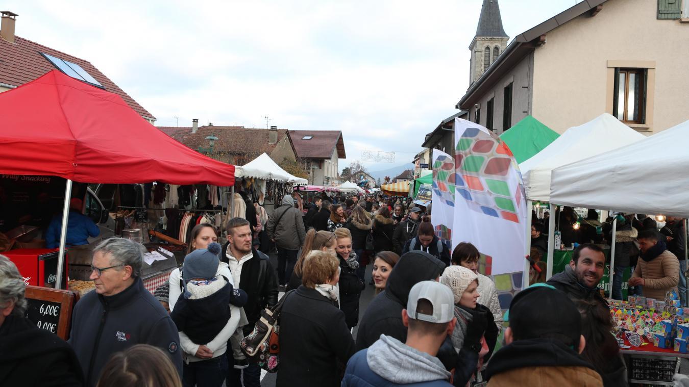 Depuis le XVII e  siècle, la Foire de la Saint-Martin est le rendez-vous incontournable des Chablaisiens. Elle se tient chaque année le samedi qui suit le 11 novembre.