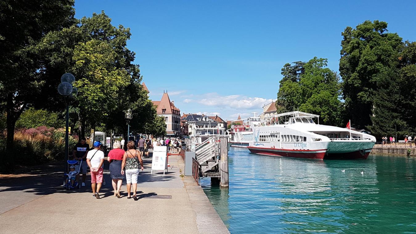 Une femme de 25 ans et un homme de 28 ans ont été arrêtés par la police, lundi 2 novembre 2020 quai de Bayreuth, alors qu'ils s'étaient introduits sur un navire de la Compagnie des bateaux du lac d'Annecy.