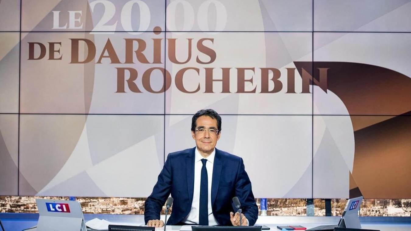 Le présentateur Darius Rochebin est mis en cause dans une longue enquête du journal Le Temps sur la RTS.