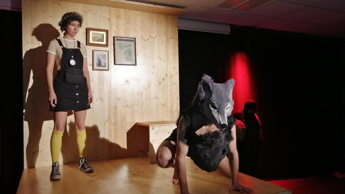 Évoluant entre la Haute-Savoie et Paris, la troupe Alter Ego (X) prépare à Evian son spectacle  Qui a peur du loup ?