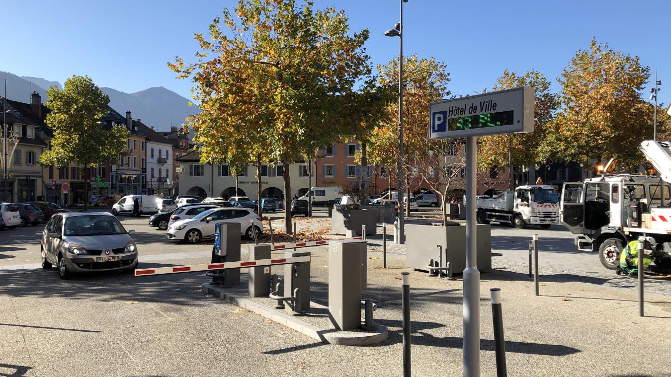 Bonneville: la commune manque-t-elle de places de parking ?