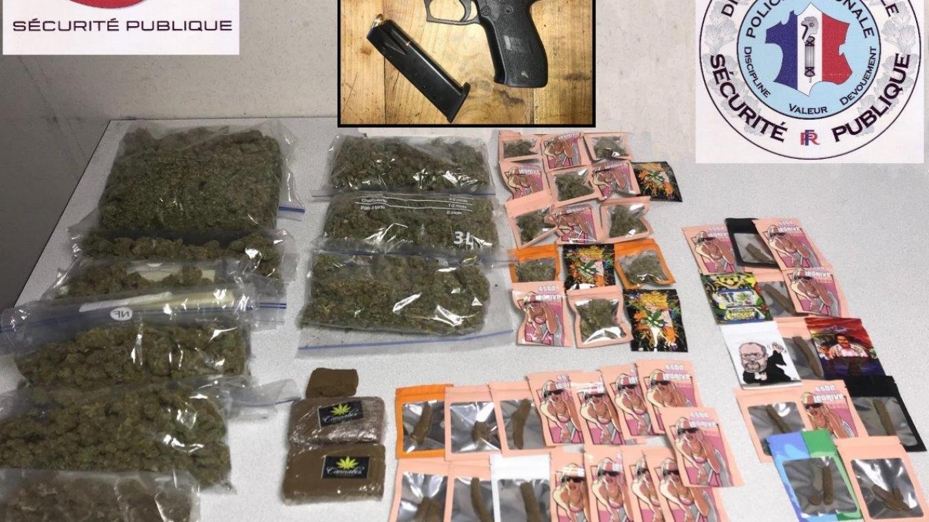Les policiers du commissariat de Thonon ont mis la main sur 1,14 kilo d'herbe de cannabis, 274 grammes de résine, 545 euros en liquide et une arme de poing de 9 mm ainsi que des munitions.