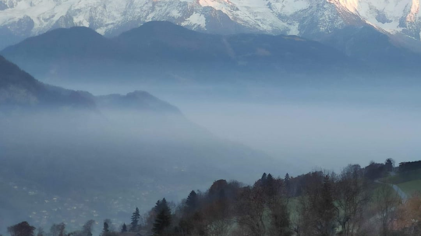 Depuis mercredi 25 novembre, la vallée de l'Arve est en vigilance orange pollution de l'air aux particules fines et dioxyde d'azote.