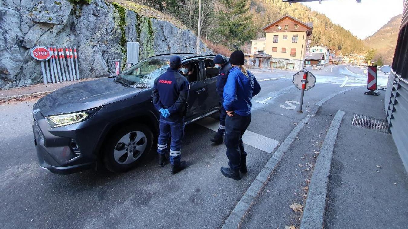 Mercredi 25 novembre, la Police aux frontières et la douane ont procédé à des contrôles à la douane de Vallorcine.