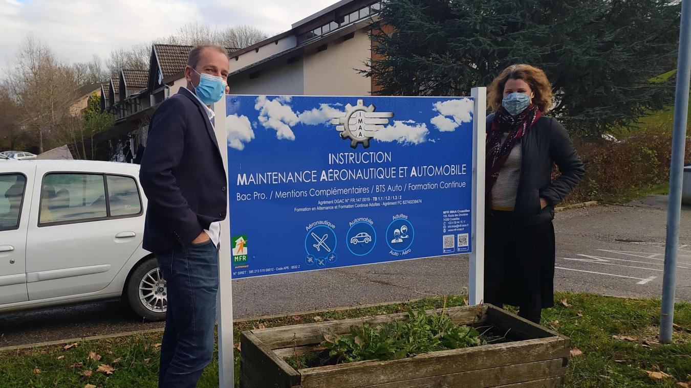Patrick Guyon, directeur de la Maison familiale rurale «Instruction, maintenance, aéronautique et automobile» (IMAA), à Cruseilles, et son adjointe, Pauline Lacote.