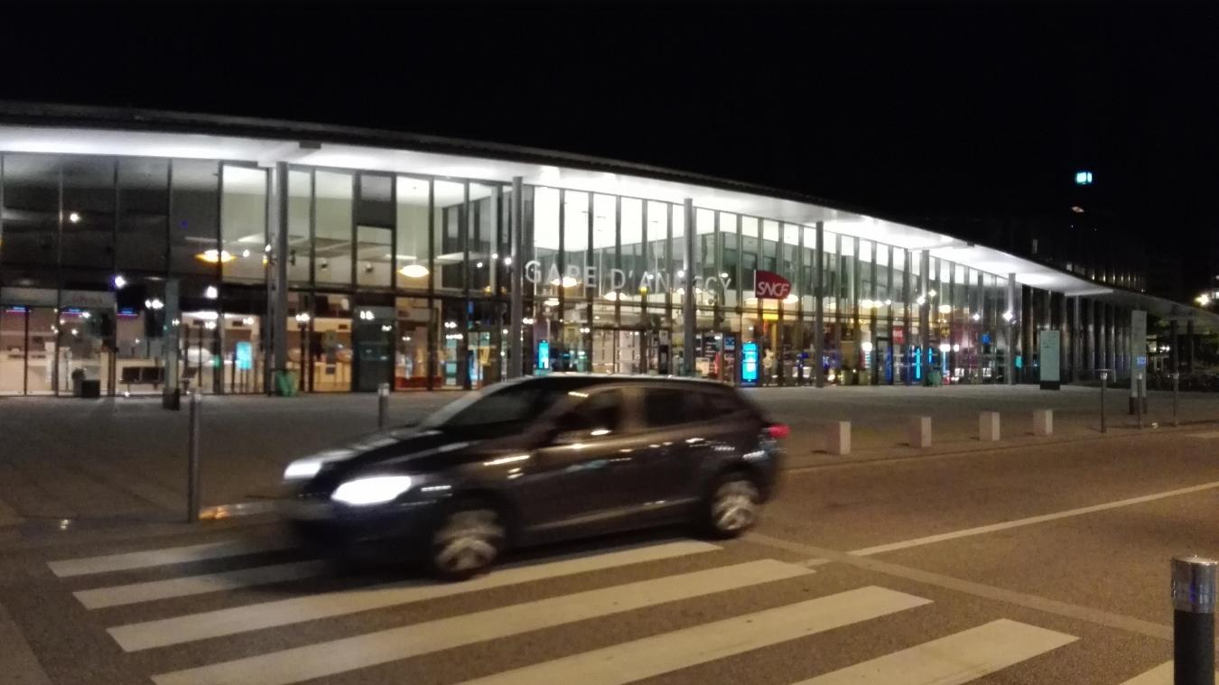 La résidente de l'Ehpad de Gruffy a été retrouvée saine et sauve près de la gare d'Annecy, dans la nuit du 29 au 30 novembre 2020.
