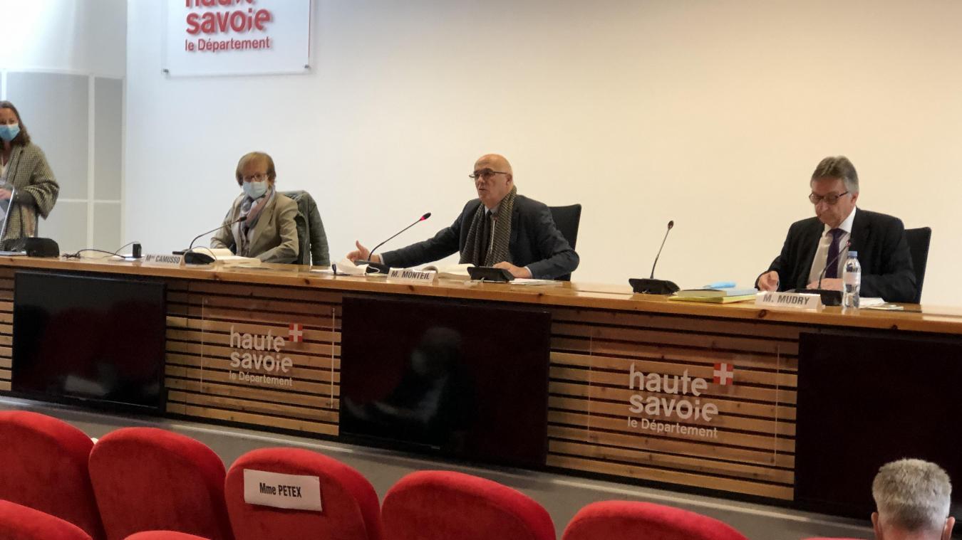 Haute-Savoie : le Département vote un budget en hausse marqué par l'épidémie