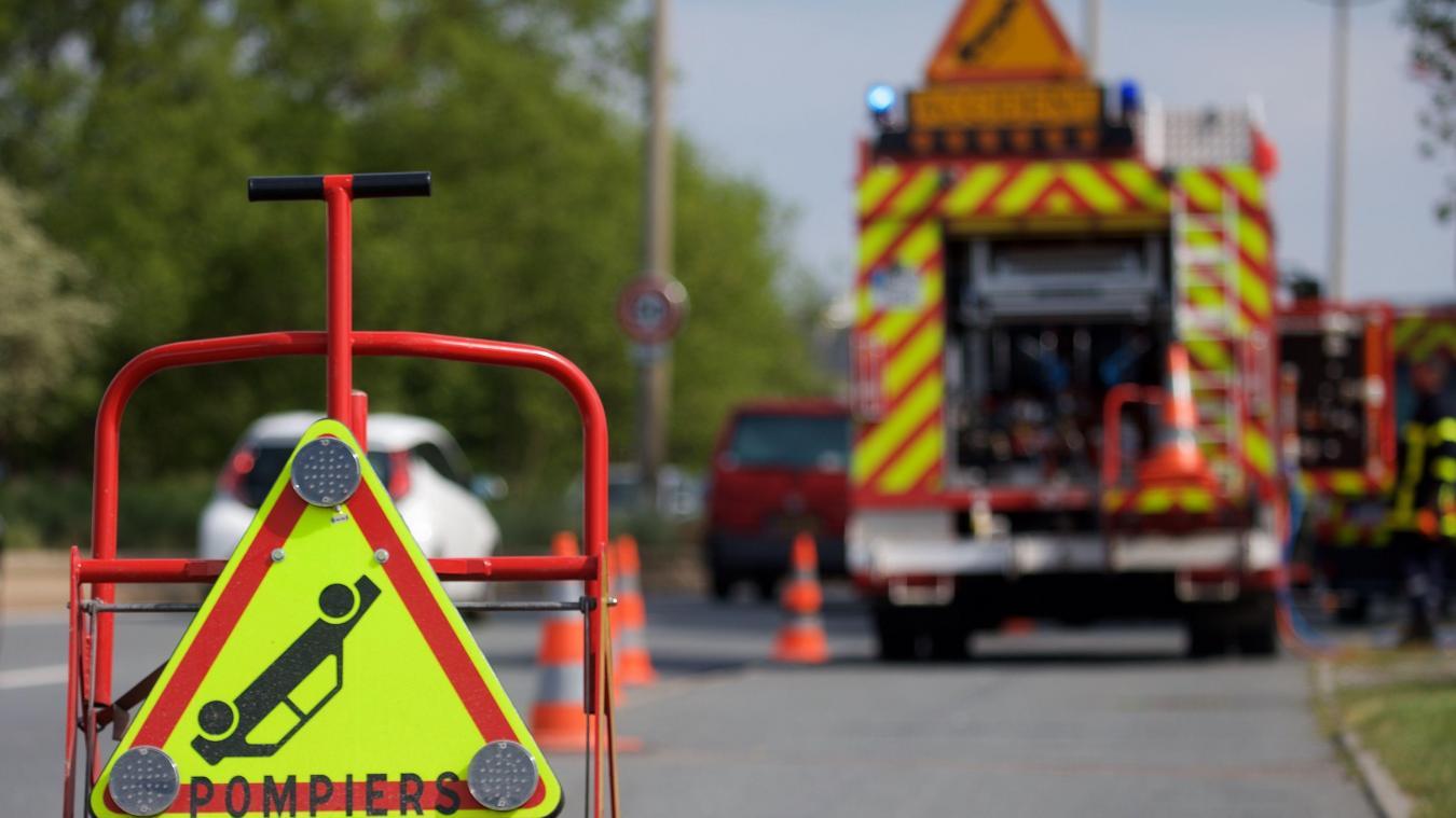 Perrignier : un automobiliste grièvement blessé après une collision avec un poids lourd