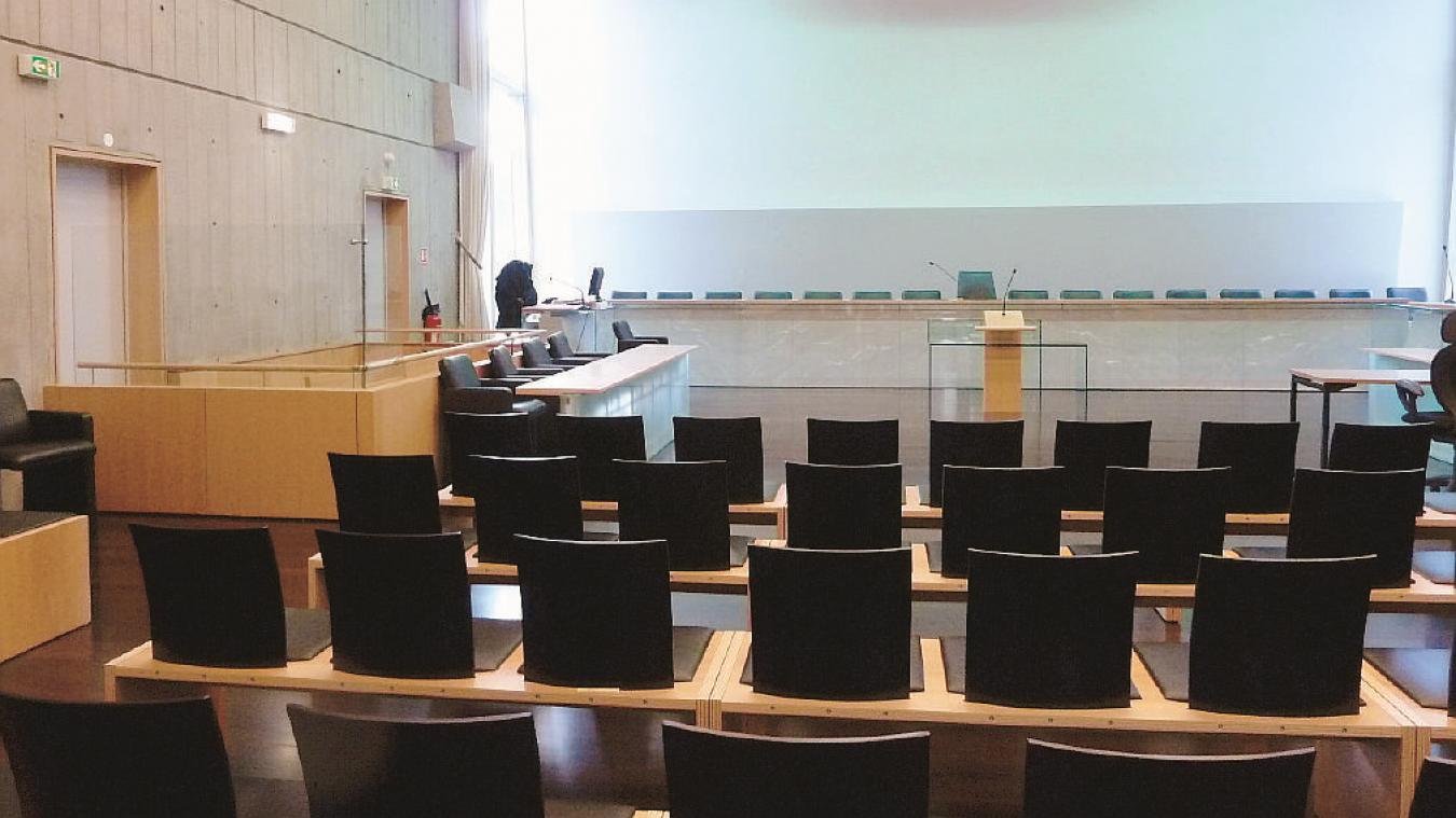 Le procès doit se dérouler devant la cour d'assises de Haute-Savoie, jeudi 10 et vendredi 11 décembre.