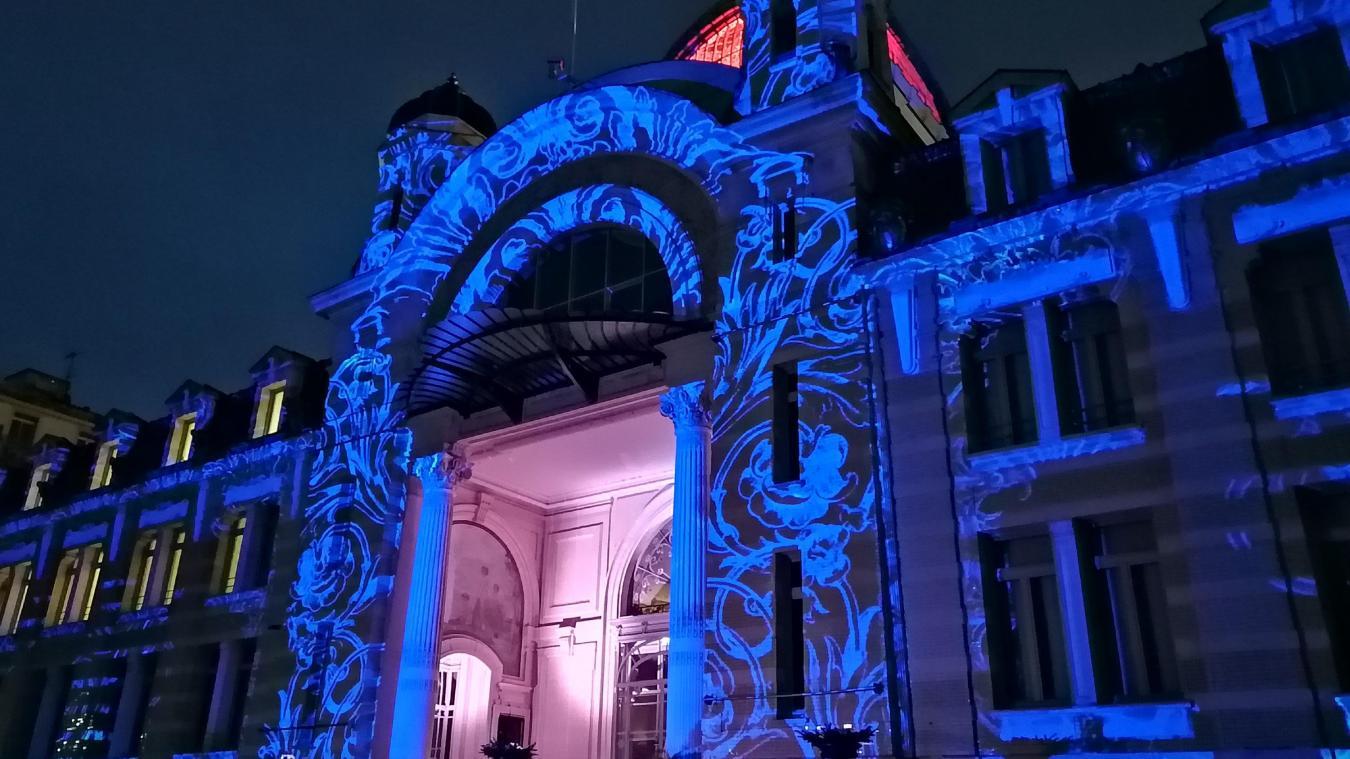 Quatre films différents seront projetés sur la façade du Palais Lumière d'Evian-les-Bains.