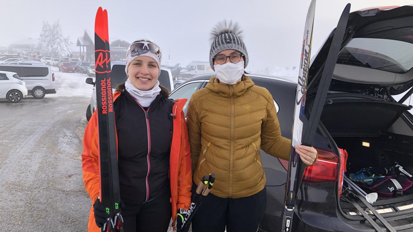 Habituées de lieux, Cassandre et Noëlle ont pu profiter du bon enneigement du domaine nordique des Glières pour pratiquer le ski de fond.