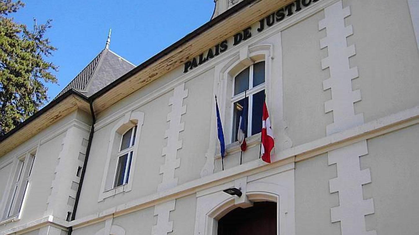 Le tribunal de Bonneville a jugé ce 17 décembre, un accident de la circulation qui a coûté la vie à un motard, le 2 juin dernier, à Passy.