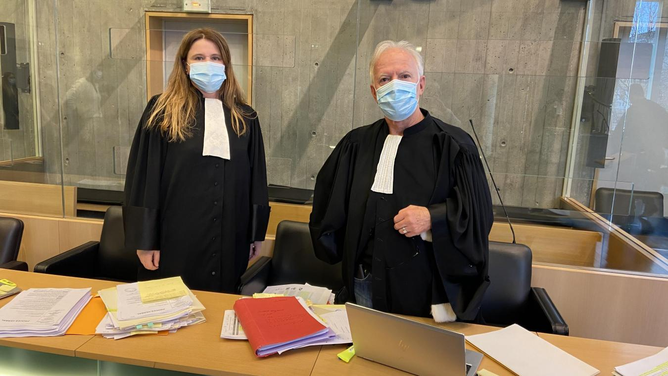 Maîtres Patricia Lyonnaz et Marc Dufour ont plaidé l'acquittement.