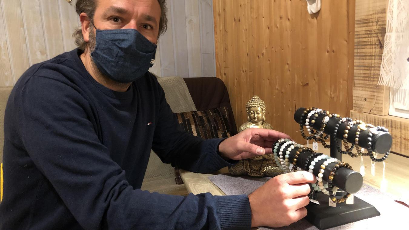 DJ professionnel, Alain Dewaele a profité de la crise pour se reconvertir dans le milieu de la bijouterie.