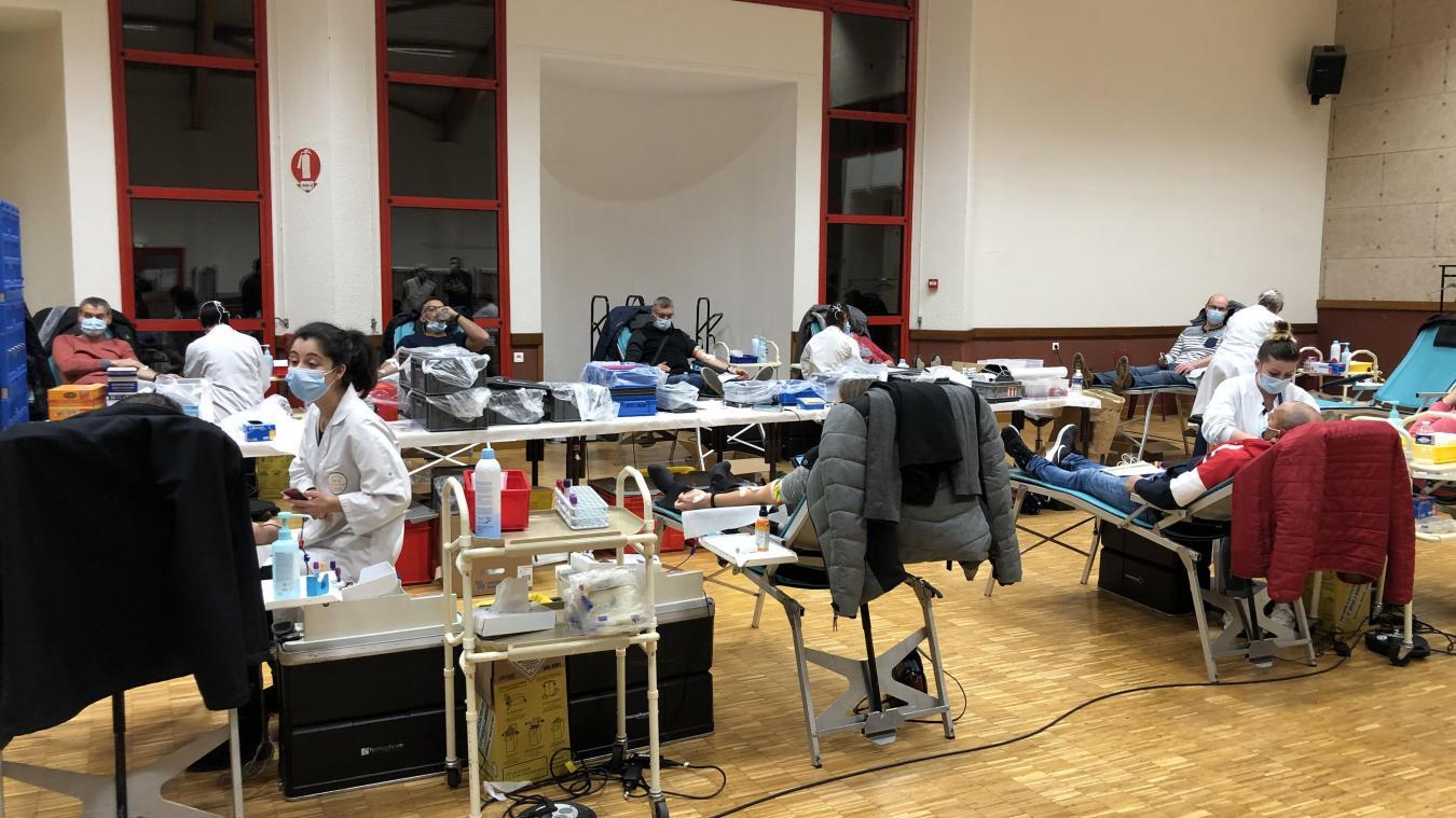 Dix lits, cinq infirmières, la collecte fut fluide et réalisée en parfait respect des règles sanitaires.