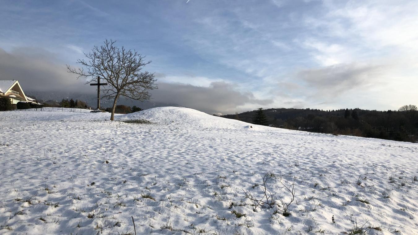 Le plaignant avait acheté un peu plus d'un hectare de terrains au lieu-dit Le Carroz à Menthon-Saint-Bernard.