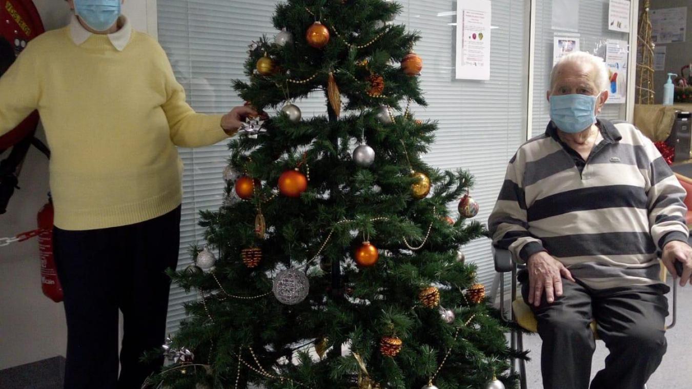 Odette Brouard et Luc Gallay, deux résidents des Verdannes, comptent bien passer un Noël relativement normal.