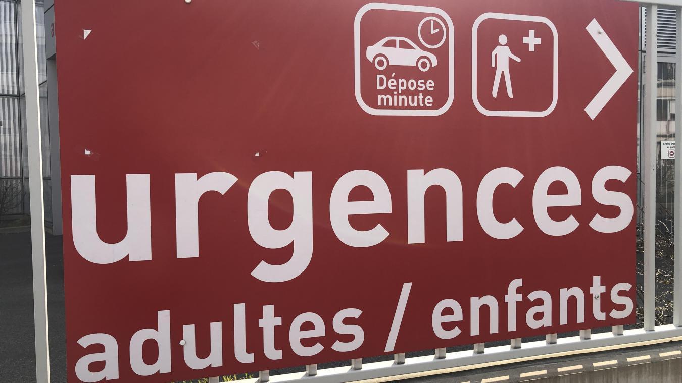 Blessée, la locataire d'un appartement situé rue du Beaujolais à Chambéry a été transportée à l'hôpital.