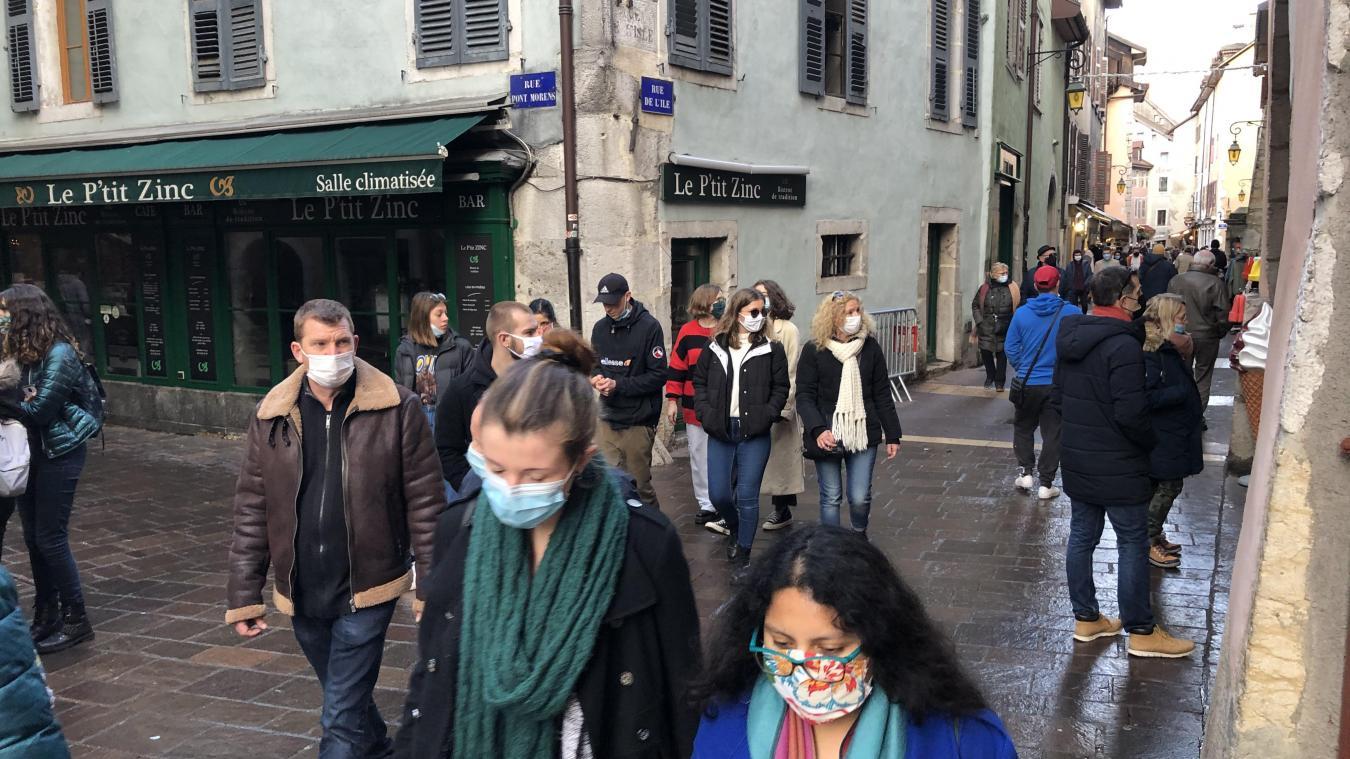 Annecy: désertée depuis plusieurs semaines, la vieille ville retrouve des couleurs