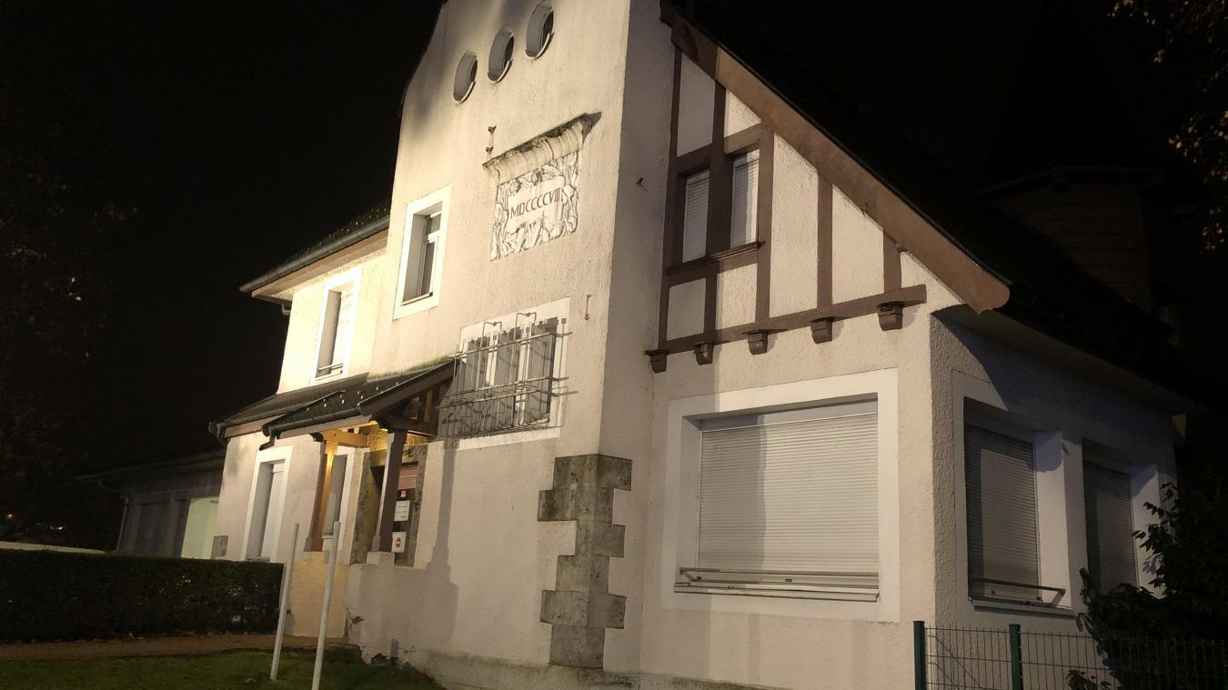 Dans l'esprit des Bellegardiens, la Maison de Savoie est attachée à la CAF, Caisse d'allocations familiales.