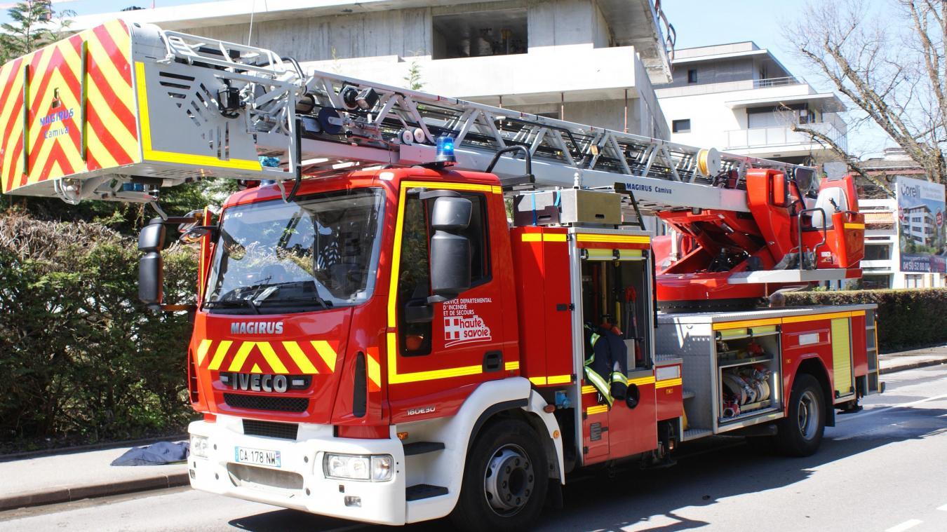 Une trentaine de pompiers a été sollicitée pour le feu de cave à Cran-Gevrier, le 28 décembre.