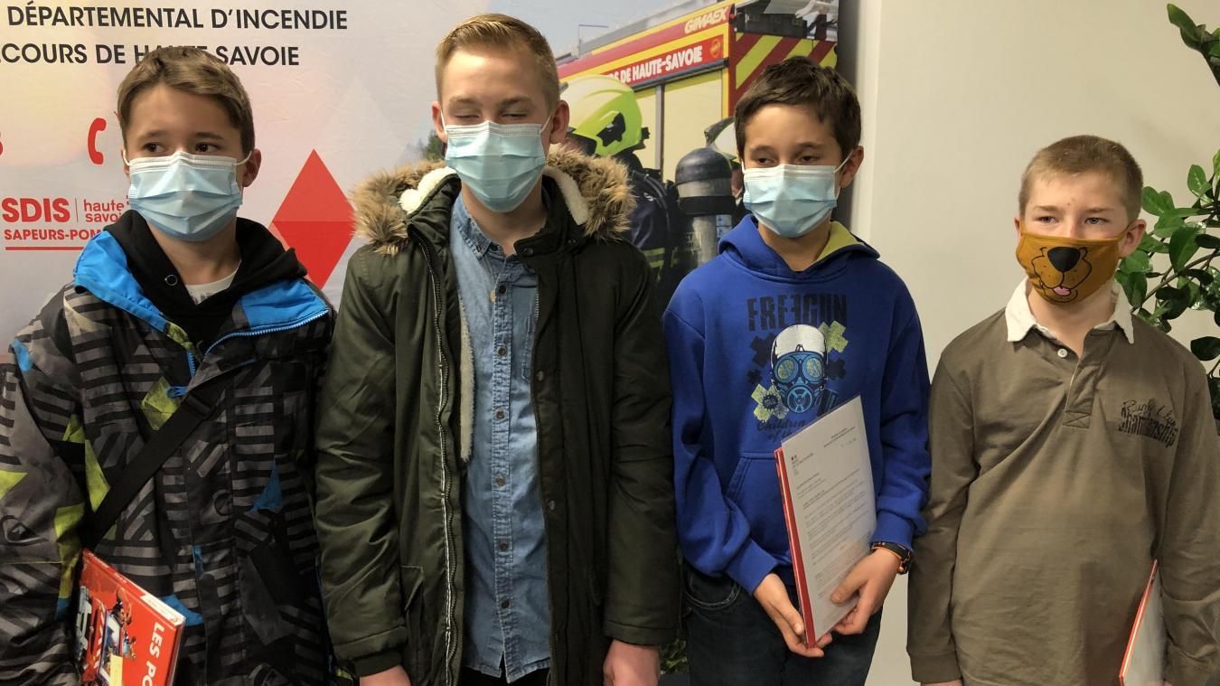 Lucas, Quentin, Julien et Dorian ont fait preuve d'une attitude responsable tout comme Océane qui, du haut de ses 4 ans, a sauvé la vie de sa maman.