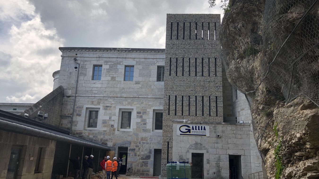 Parmi les derniers grands travaux en date, la construction de l'ascenseur, en 2019.