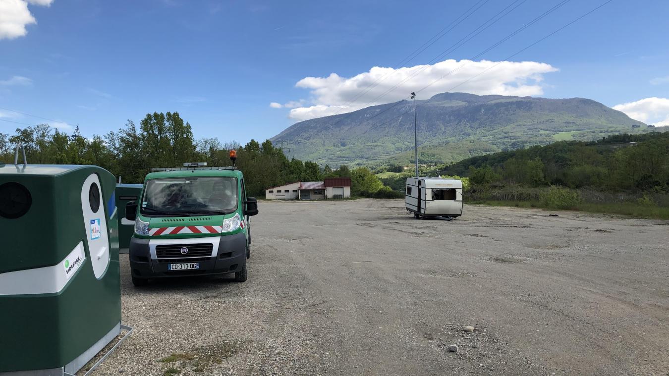 Située dans la zone industrielle d'Arlod, l'aire temporaire d'accueil fonctionnait depuis mai 2019.