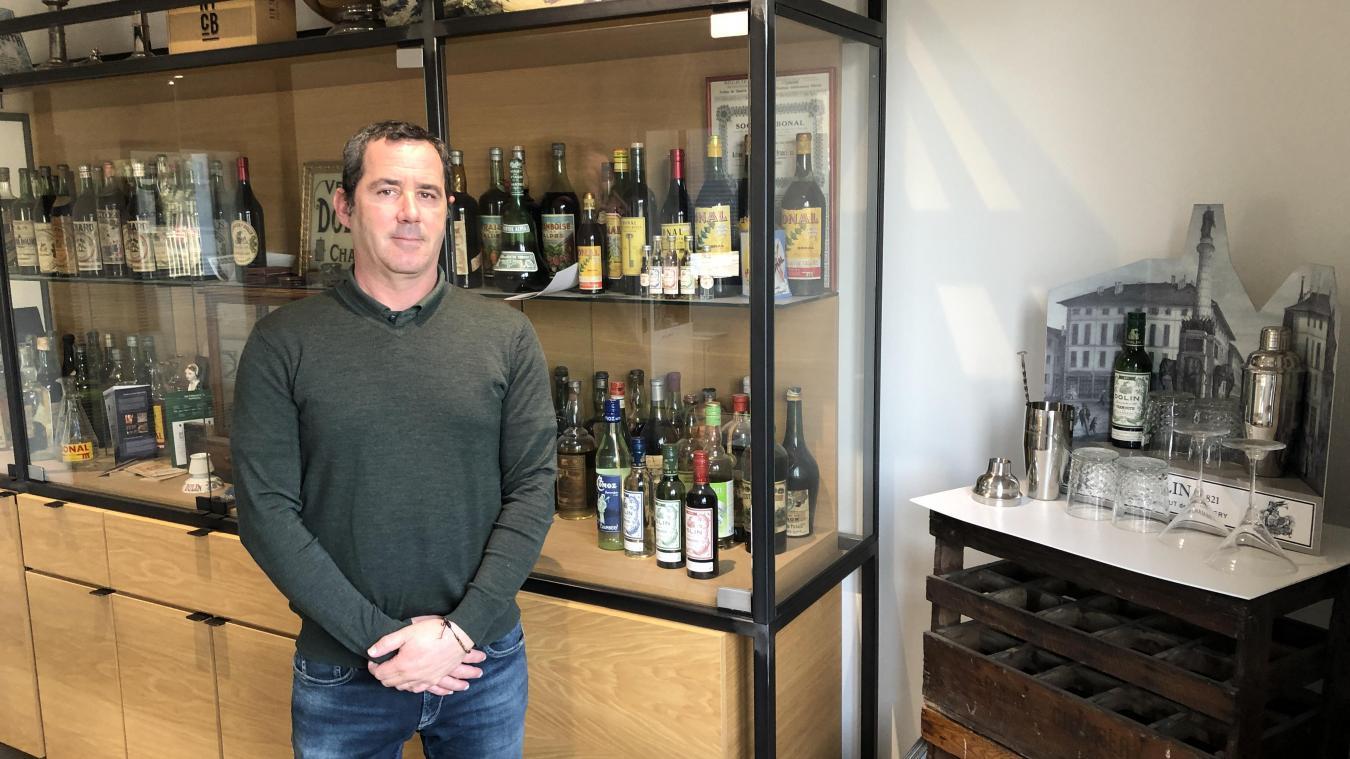 Pierre-Olivier Rousseaux n'est pas inquiet pour les ventes de son vermouth  made in Chambéry  au Royaume-Uni.