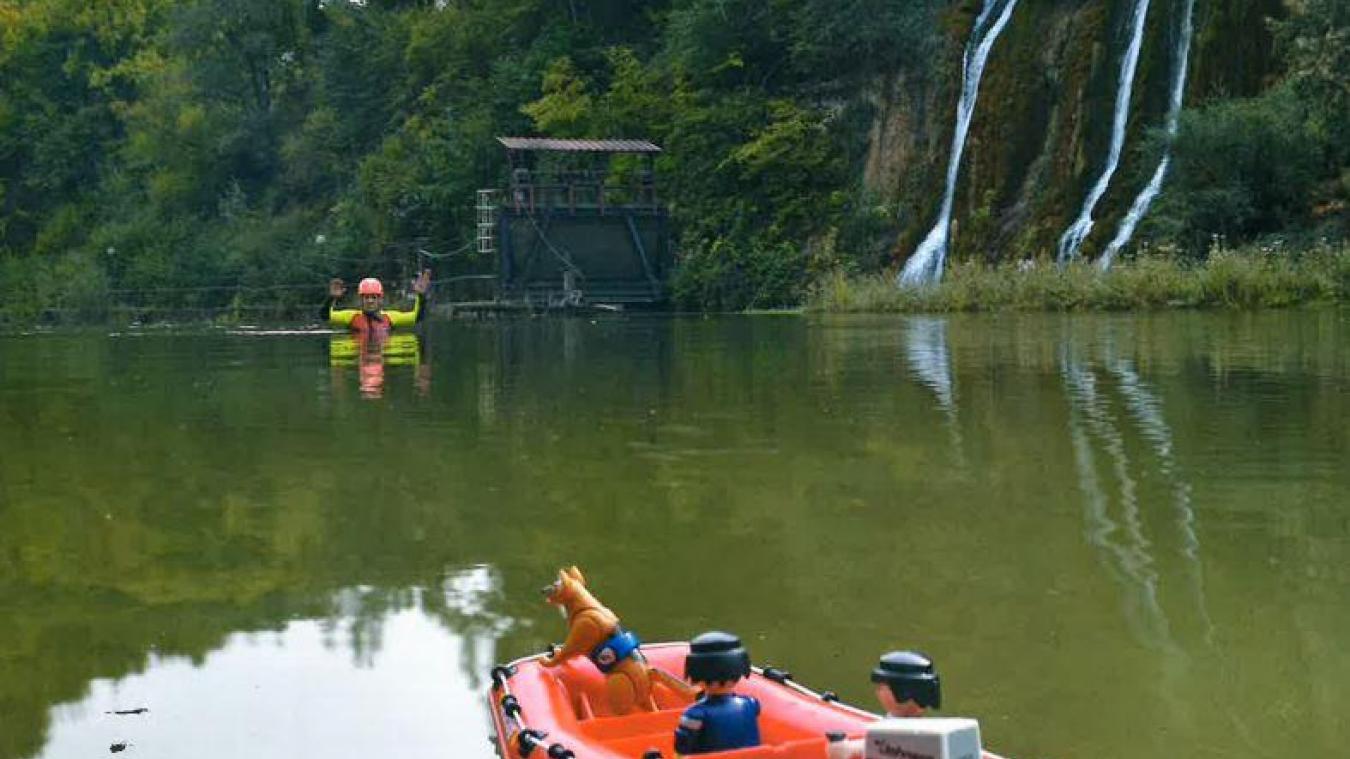 Cette année, les pompiers ont rivalisé d'imagination pour leur calendrier, avec des mises en scène Playmobil©