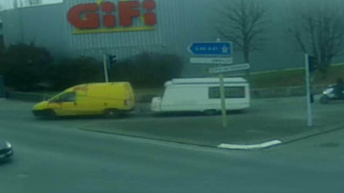 Les images de vidéosurveillance de la ville de Gaillard ont permis de retrouver l'homme qui a volé une caravane sur la commune, dans la nuit du 10 au 11 janvier. DR
