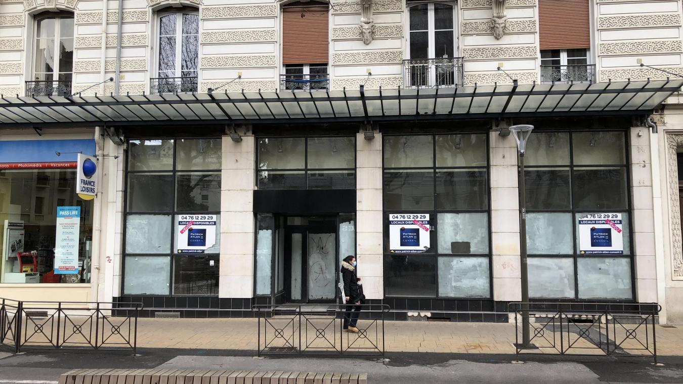 L'enseigne Ninkasi souhaite s'implanter au rez-de-chaussée d'un immeuble de cinq étages au 16, boulevard de la Colonne. Le lieu accueillait auparavant un Quick.