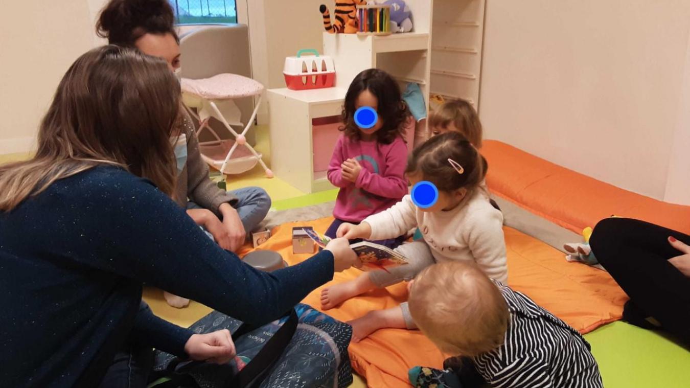 La micro-crèche Baby's-Bulles de Lucinges accueille onze enfants, âgés de 2 mois et demi à 3 ans.