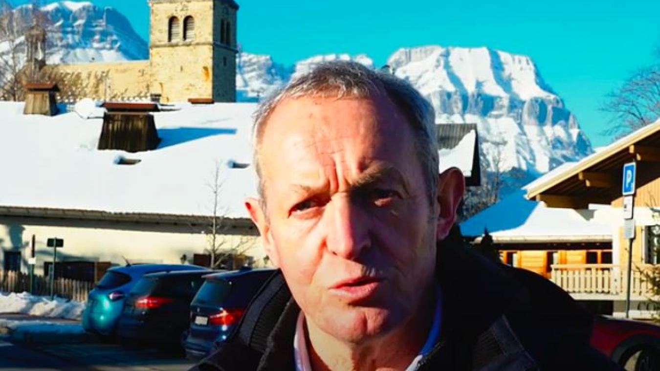 Le maire de Combloux, Claude Chambel, veut renforcer l'identité « village » de sa commune.