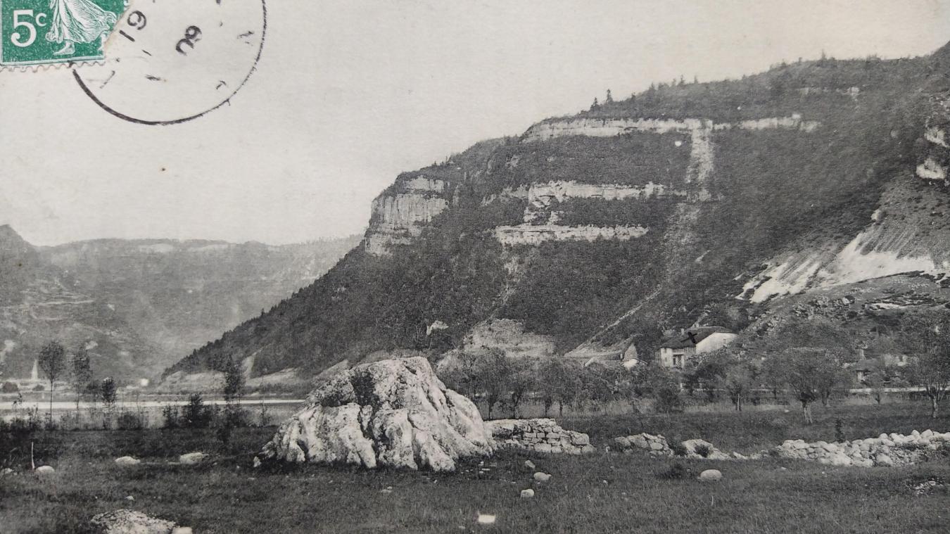 Le Molard, à Port, où se dressaient les fourches patibulaires.