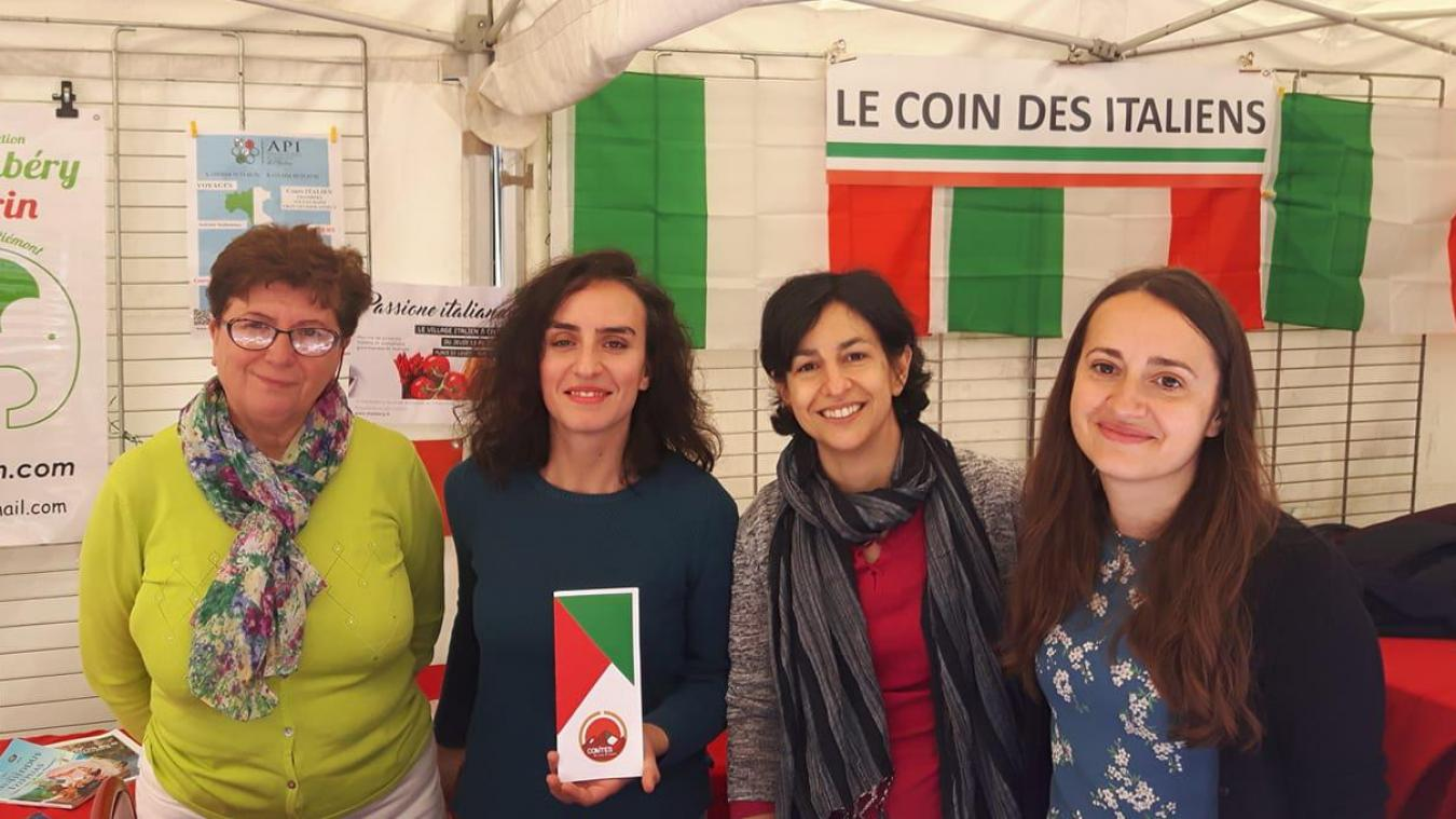 Le Comites tente de se faire connaître pour pouvoir aider les expatriés à garder un lien avec leur pays d'origine, comme ici au marché italien de Chambéry.