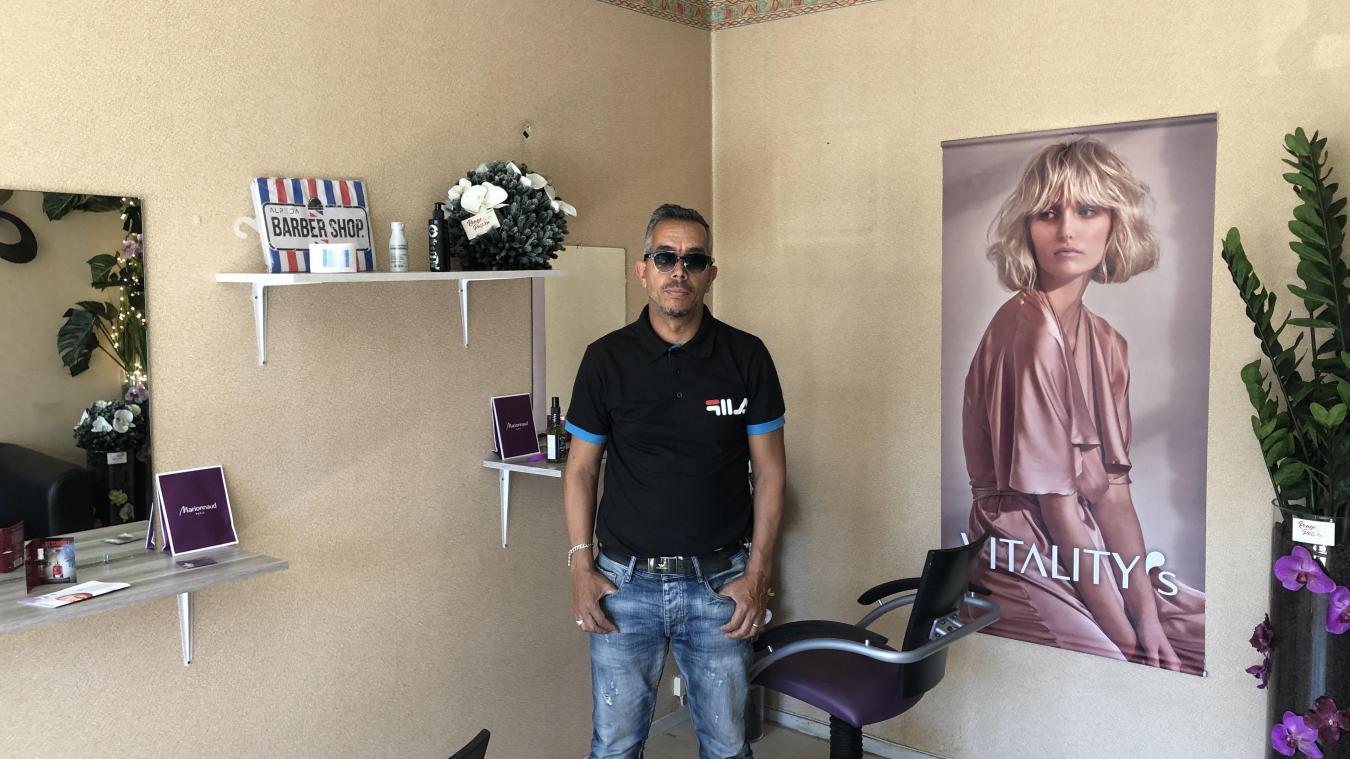 Mohamed et l'équipe de l'asso SSA souhaitent un local définitif pour mener à bien leurs projets.