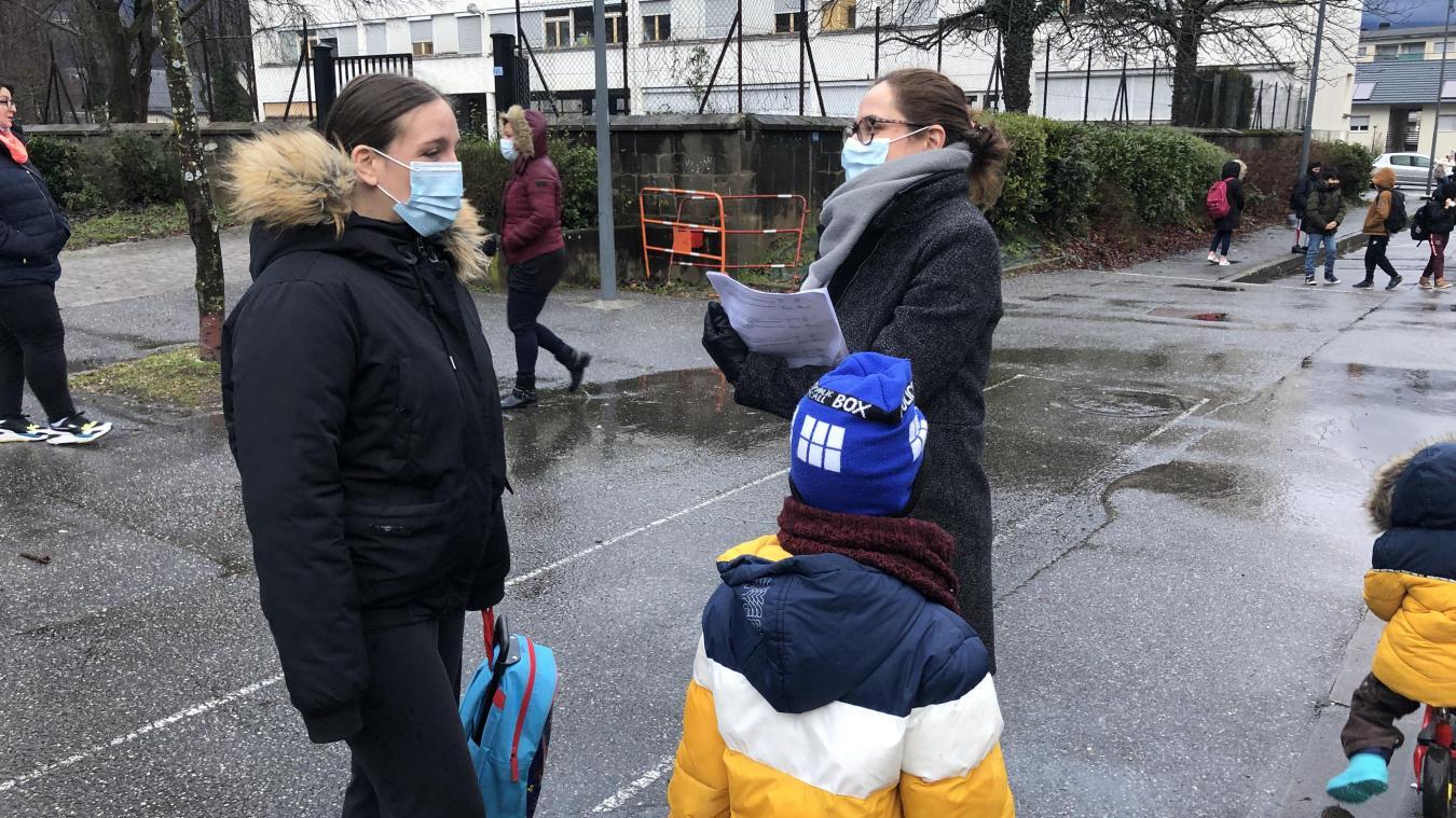 Mélanie et Steeve, habitants du Biollay, ont été sondés par la municipalité de Chambéry sur la mise en place d'un marché le vendredi dès le 5 mars prochain.